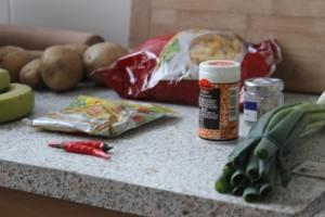 Küche mit Lebensmitteln