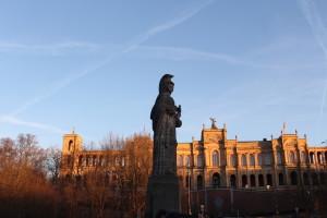 Maximilianeum mit verstärkter Farbintensität