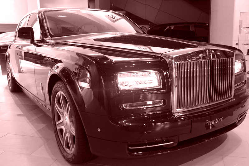Rolls Royce in Marsala Farben
