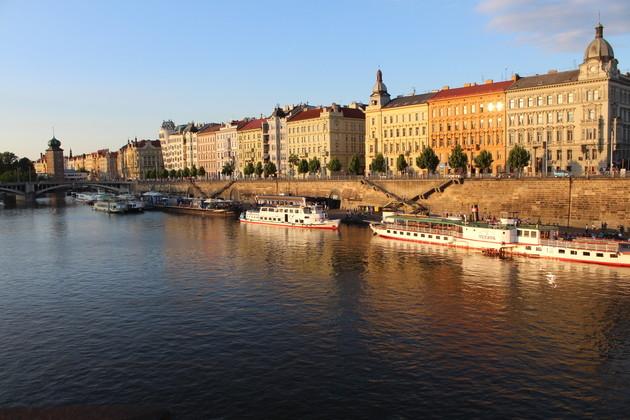 Flussufer Náplavka (1)