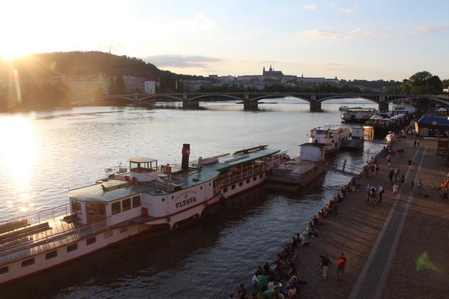 Flussufer Náplavka (3)